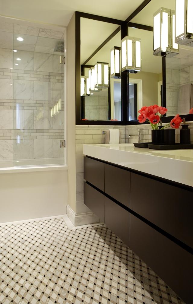 Gillian Gillies Interiors. En-suite After.